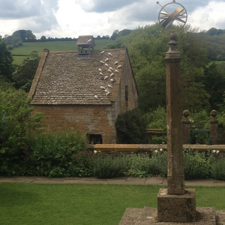 Cotswolds Arts and Crafts Garden
