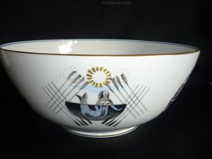 Boat race mermaid guard wedgwood